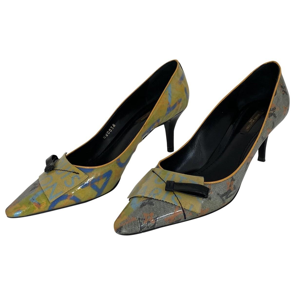 Louis Vuitton - Escarpins   pour femme en cuir verni - multicolore