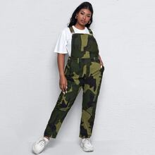 Denim Overalls mit Camo Muster, Taschen Flicken und Riss Detail