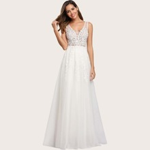 Appliques Detail Mesh Prom Dress