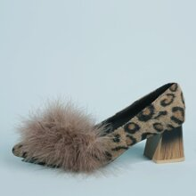 Faux Fur Decor Mid Heeled Leopard Pumps