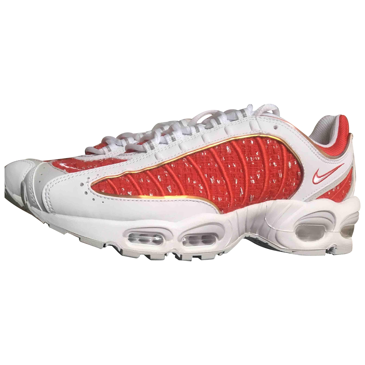 Nike X Supreme Air Max Tailwind 4 Sneakers in  Rot Leinen
