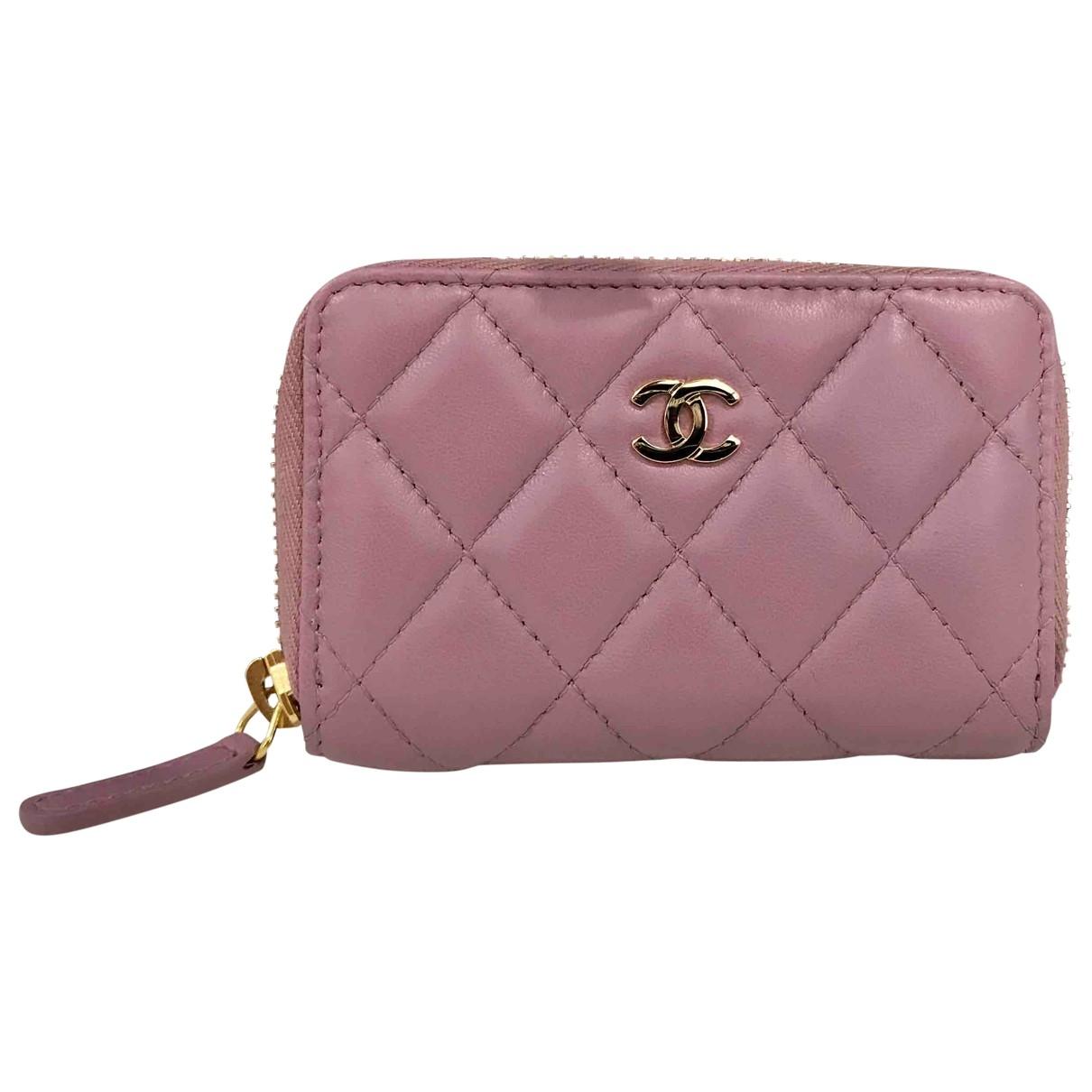 Chanel \N Portemonnaie in  Lila Leder