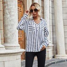 Tunika Bluse mit sehr tief angesetzter Schulterpartie und Streifen