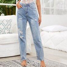 Jeans mit Rissen ohne Guertel