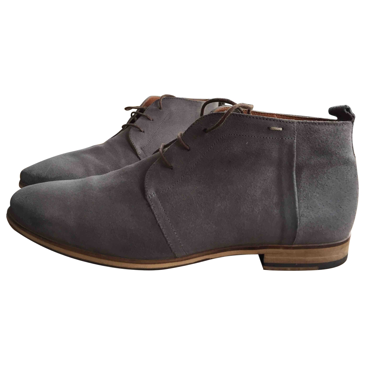 Non Signe / Unsigned \N Stiefel in  Grau Veloursleder