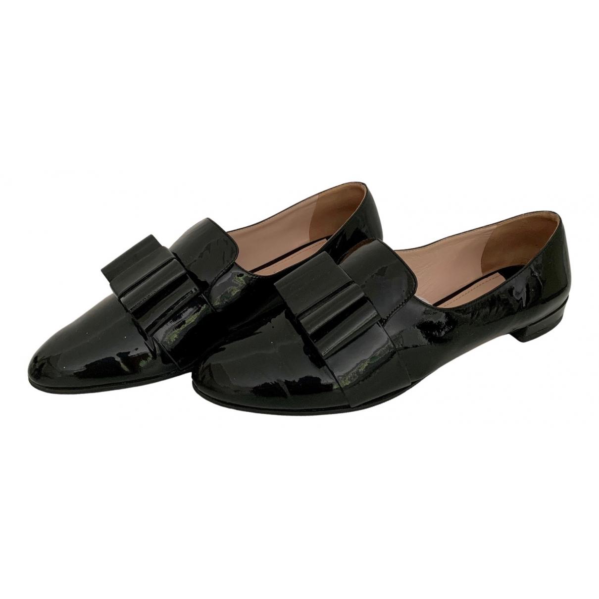 Miu Miu \N Black Patent leather Flats for Women 40 EU