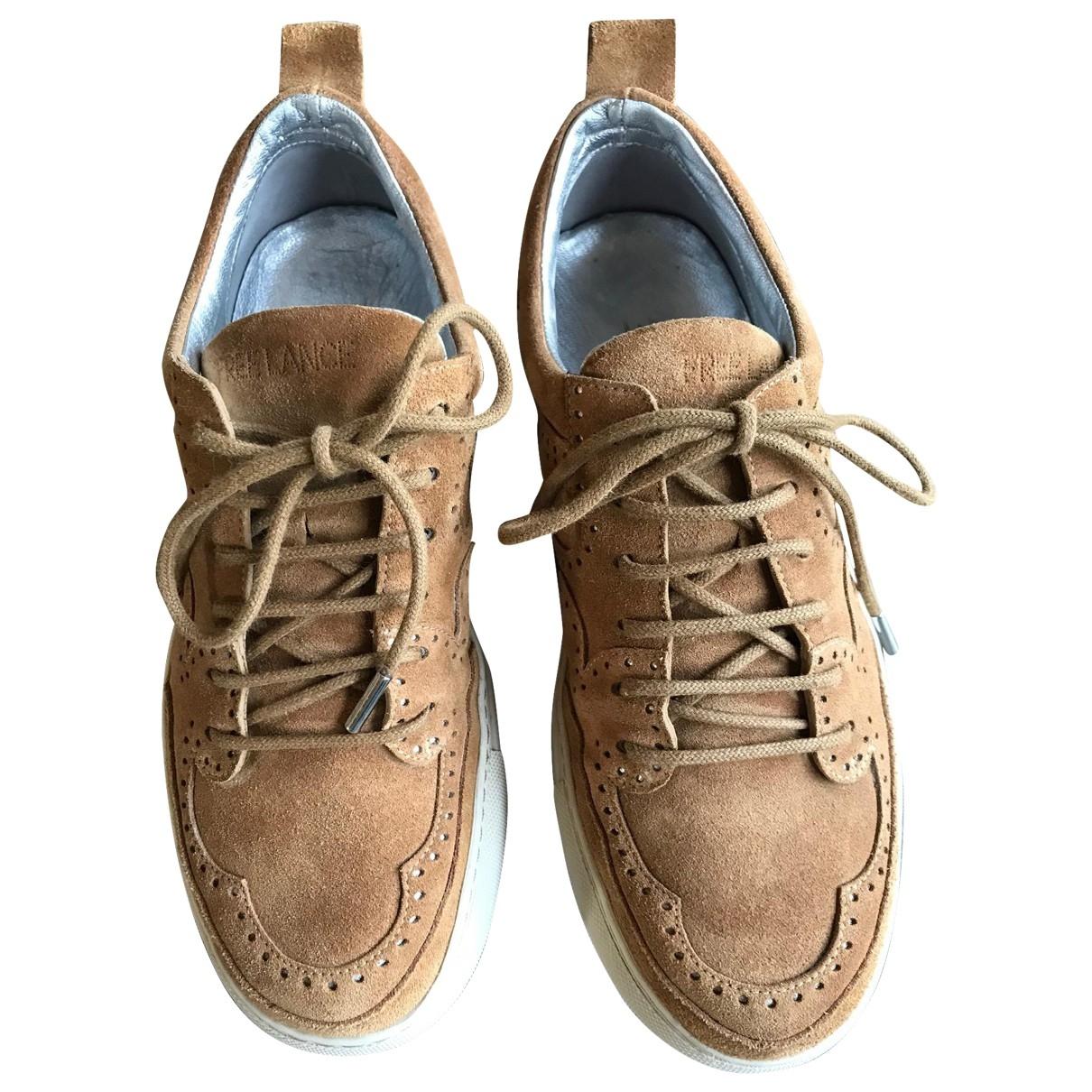 Free Lance \N Sneakers in  Kamel Veloursleder