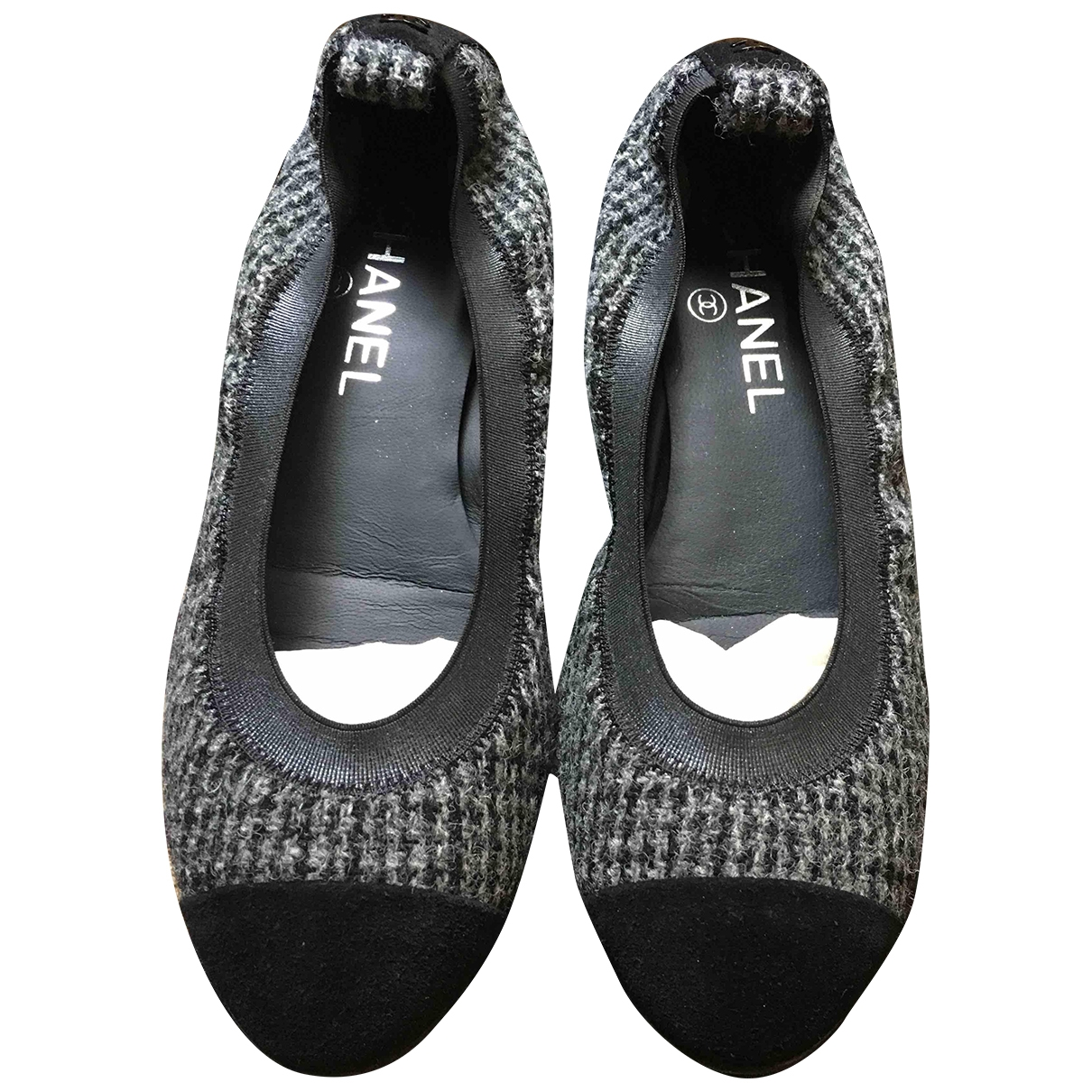 Chanel \N Ballerinas in  Grau Tweed