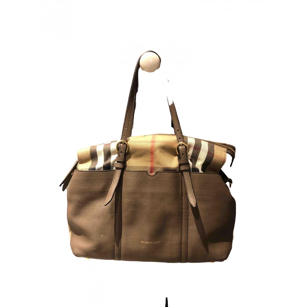 Burberry \N Handtasche in  Beige Leder