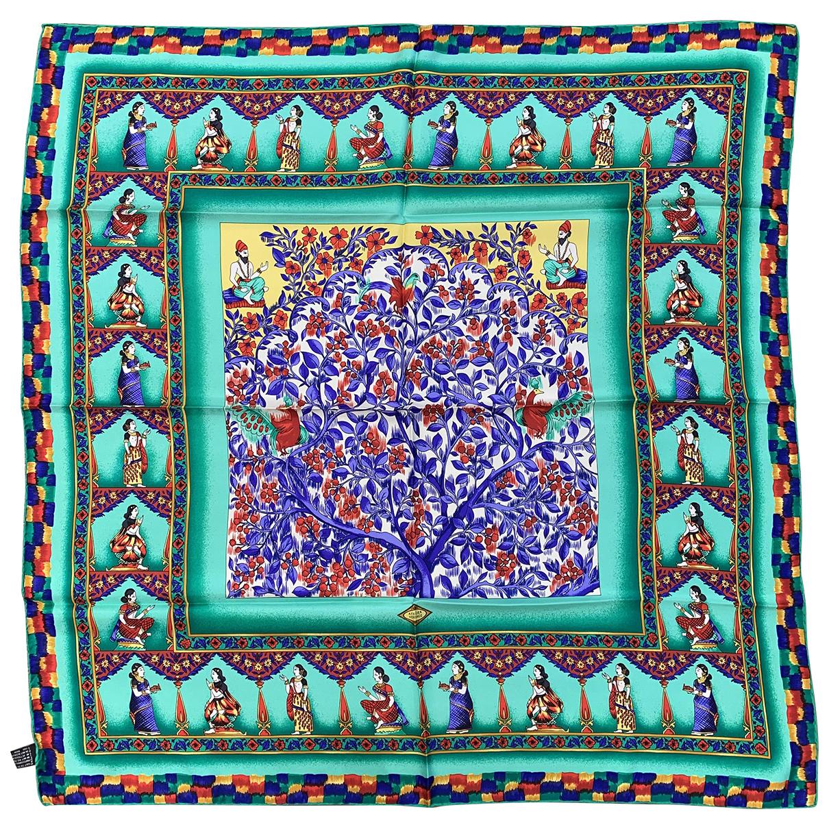 Versace \N Silk scarf for Women \N