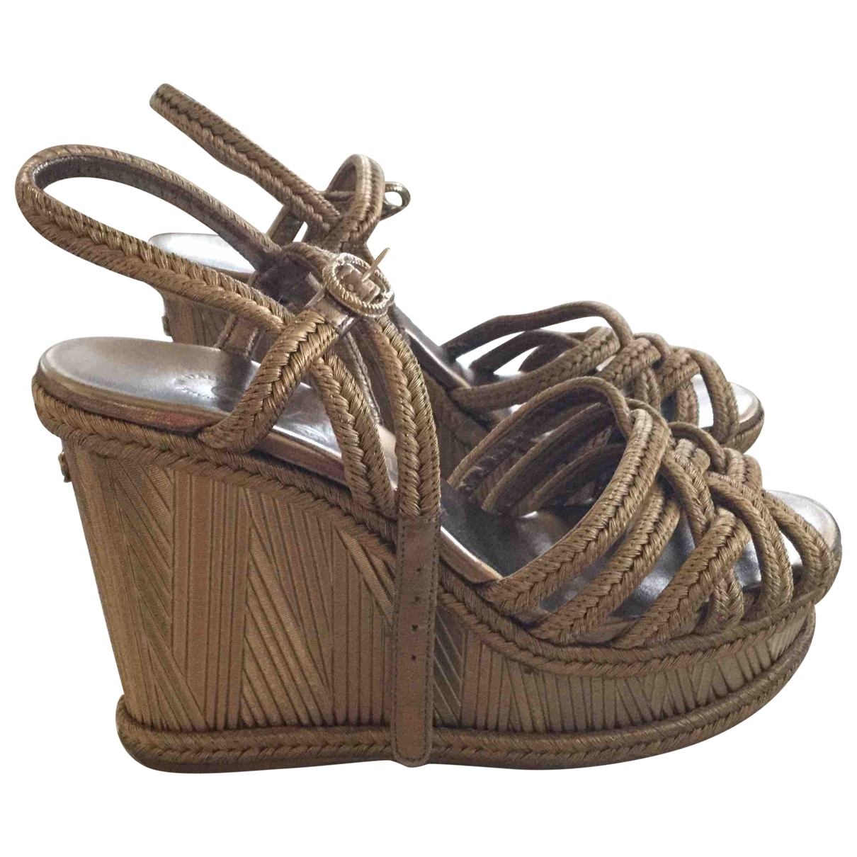 Chanel \N Espadrilles in  Gold Synthetik