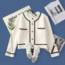 Mantel mit Kontrast Bindung und Knopfen vorn