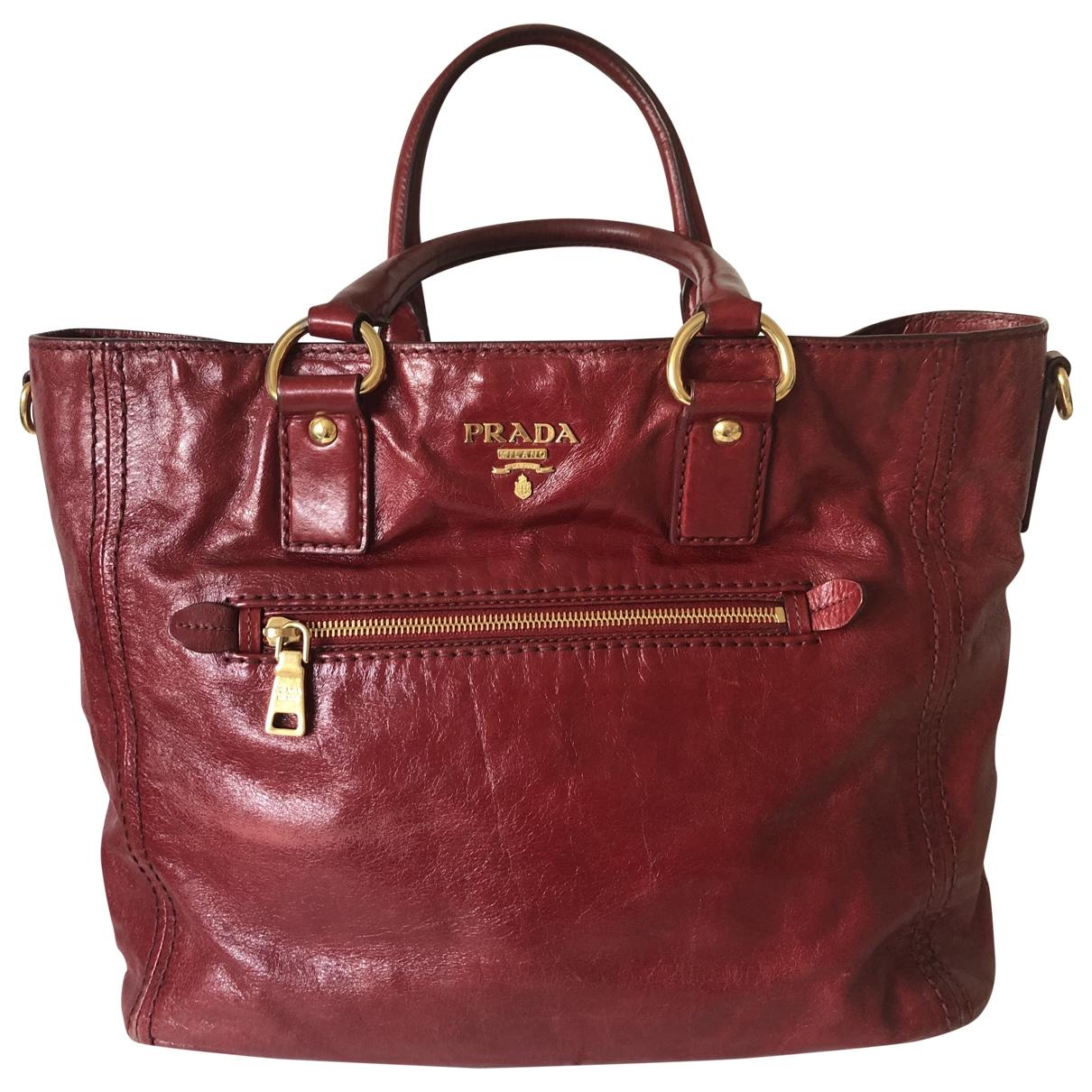 Prada \N Burgundy Leather handbag for Women \N