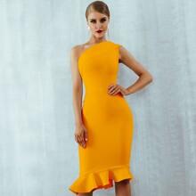 Adyce figurbetontes Kleid mit einer Schulter frei und Raffungsaum
