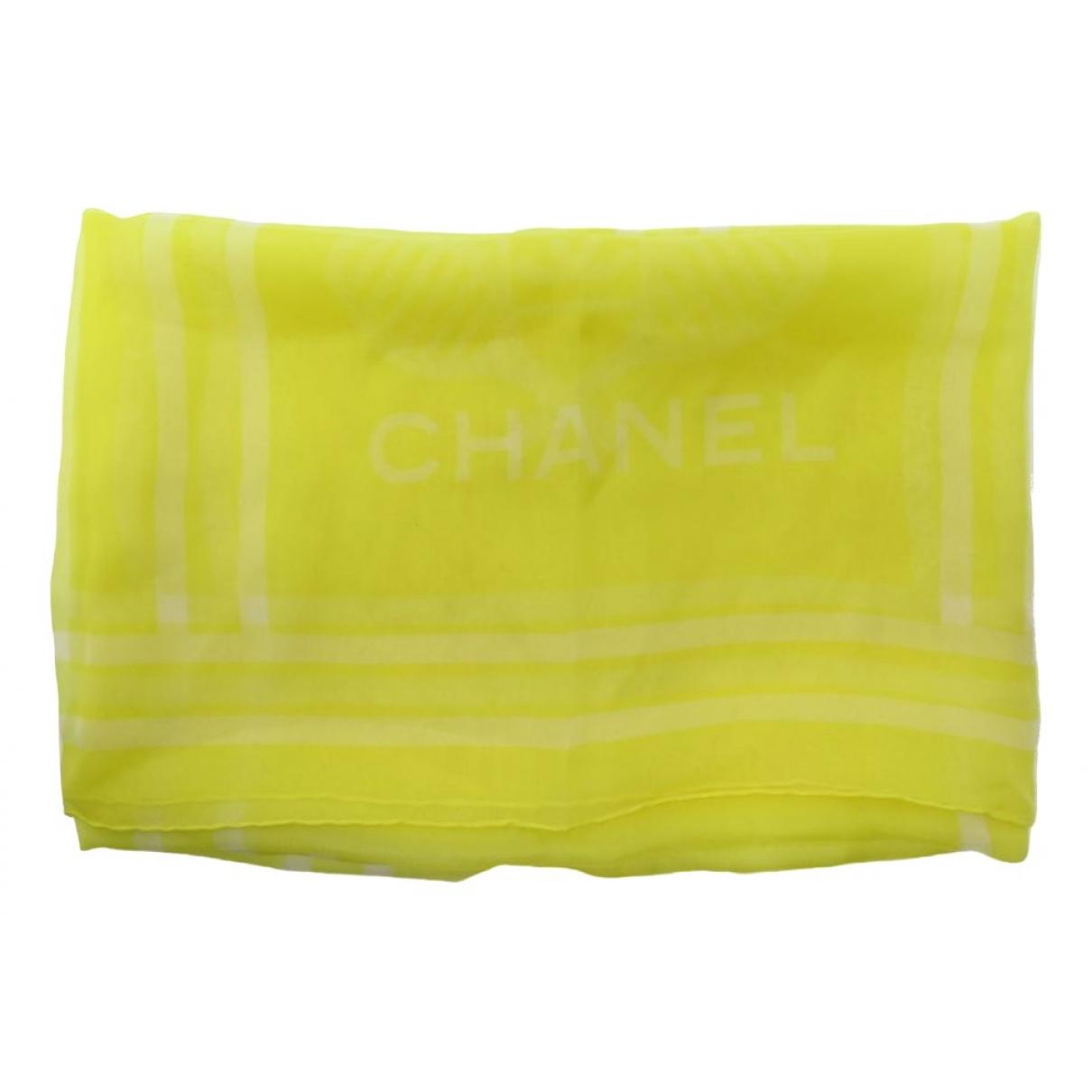 Chanel \N Schal in  Gelb Seide