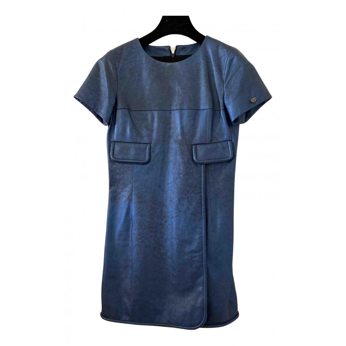 Chanel - Robe   pour femme en cuir - bleu