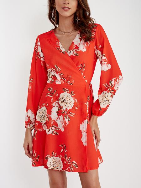 Yoins Red Random Floral Print V Neck Mini Wrap Dress