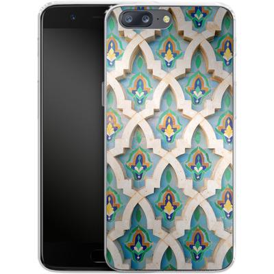 OnePlus 5 Silikon Handyhuelle - Moroccan Mosaic von Omid Scheybani