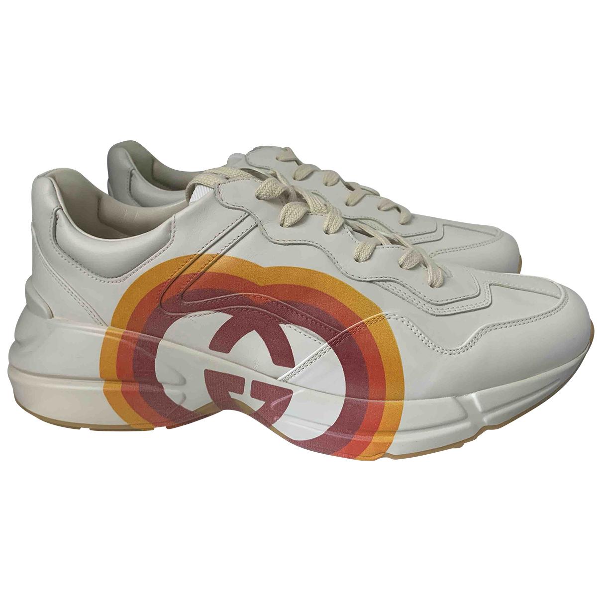 Gucci Rhyton Sneakers in  Weiss Leder