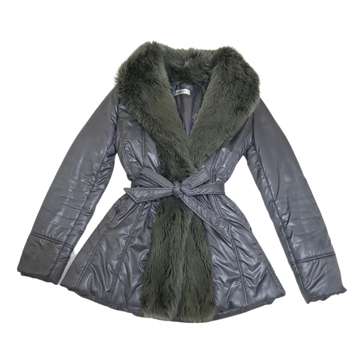 Balmain - Veste   pour femme en fourrure synthetique - gris