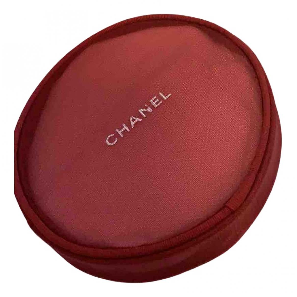 Chanel \N Kleinlederwaren in  Rot Synthetik