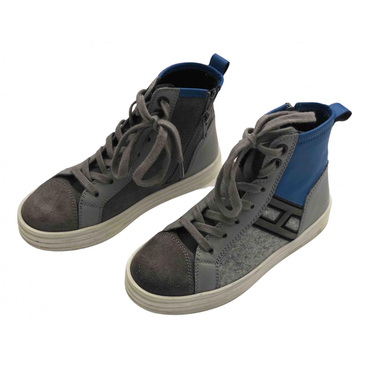 Hogan \N Sneakers in  Grau Samt
