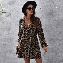 Vestido smock de leopardo de manga farol de cuello profundo