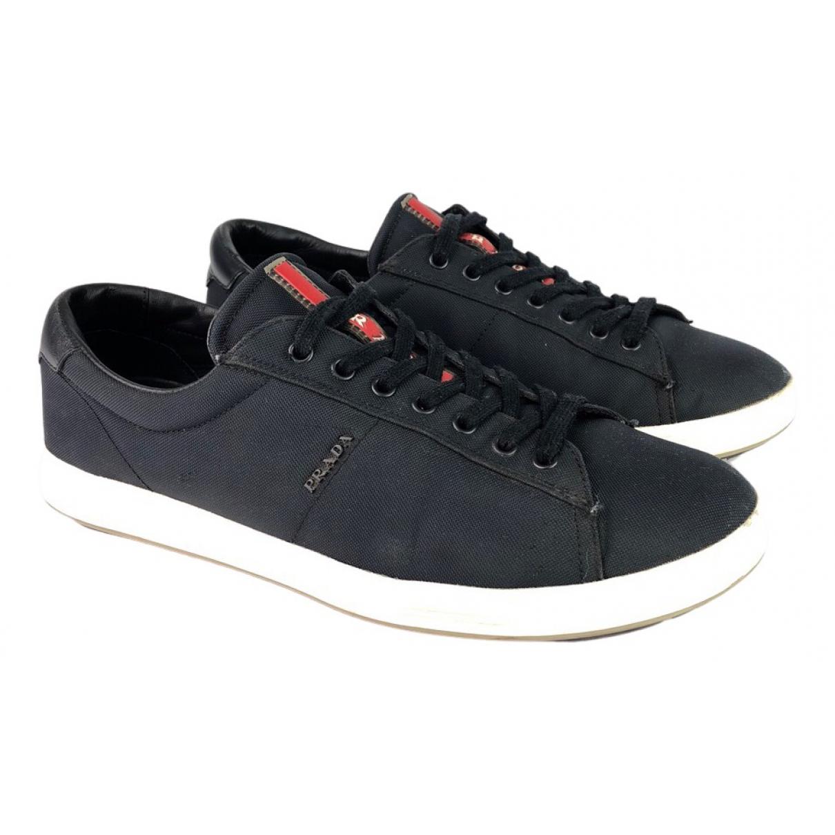 Prada \N Sneakers in  Marine Leinen