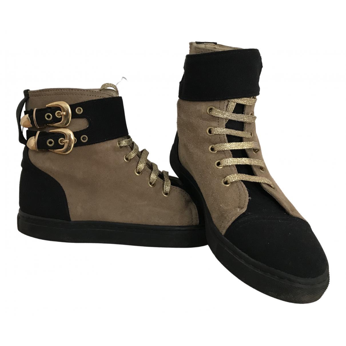 Stine Goya \N Sneakers in  Braun Veloursleder