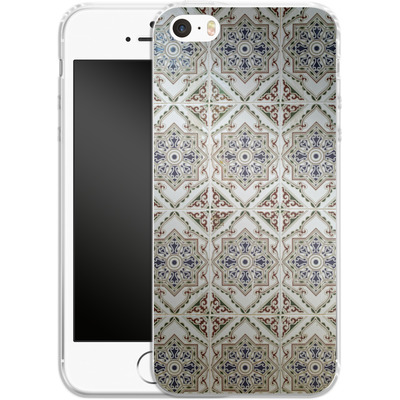 Apple iPhone 5 Silikon Handyhuelle - White Tiles von Omid Scheybani