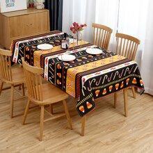 Tischdecke mit Halloween Suessigkeiten Muster