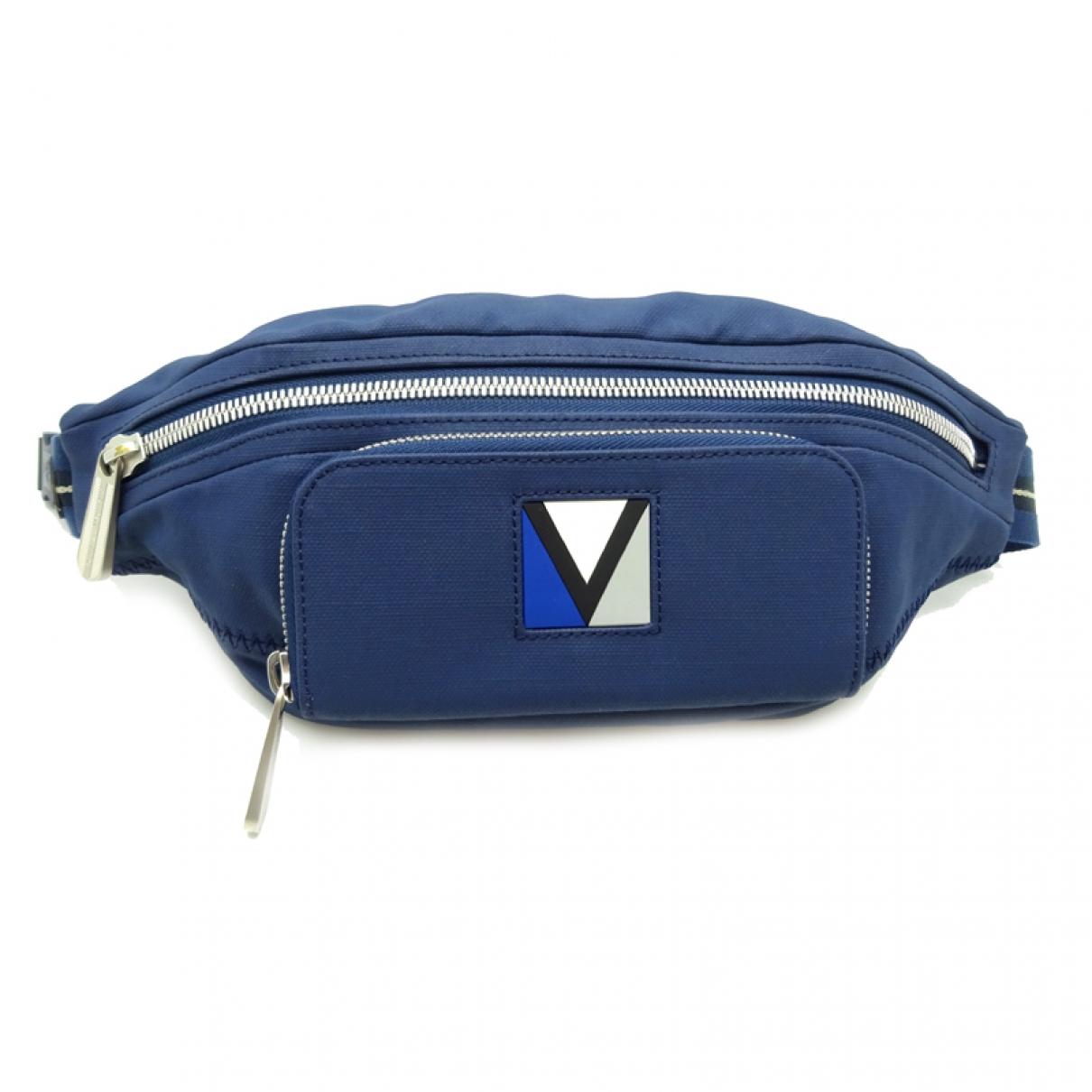 Louis Vuitton \N Navy Cloth Clutch bag for Women \N