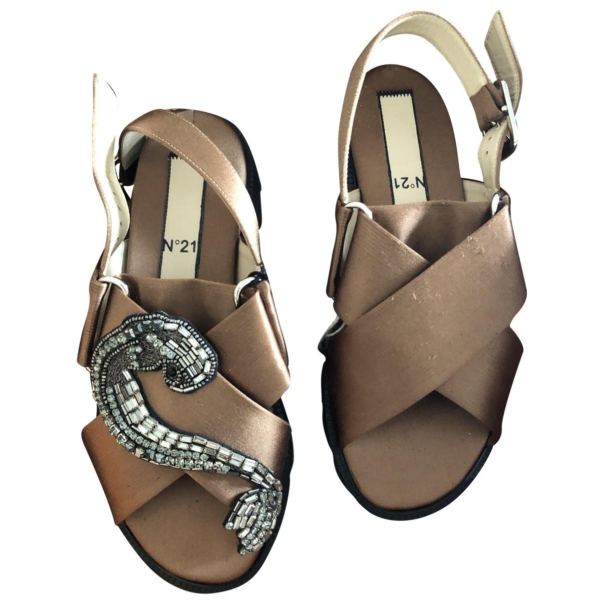 N°21 \N Beige Cloth Sandals for Women 36 EU