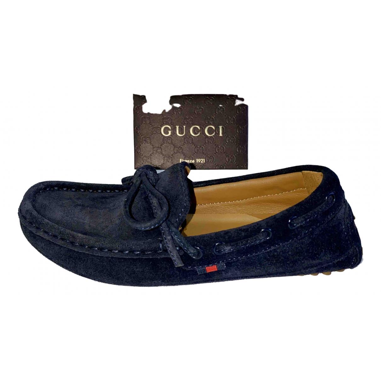 Gucci \N Mokassins in  Blau Veloursleder