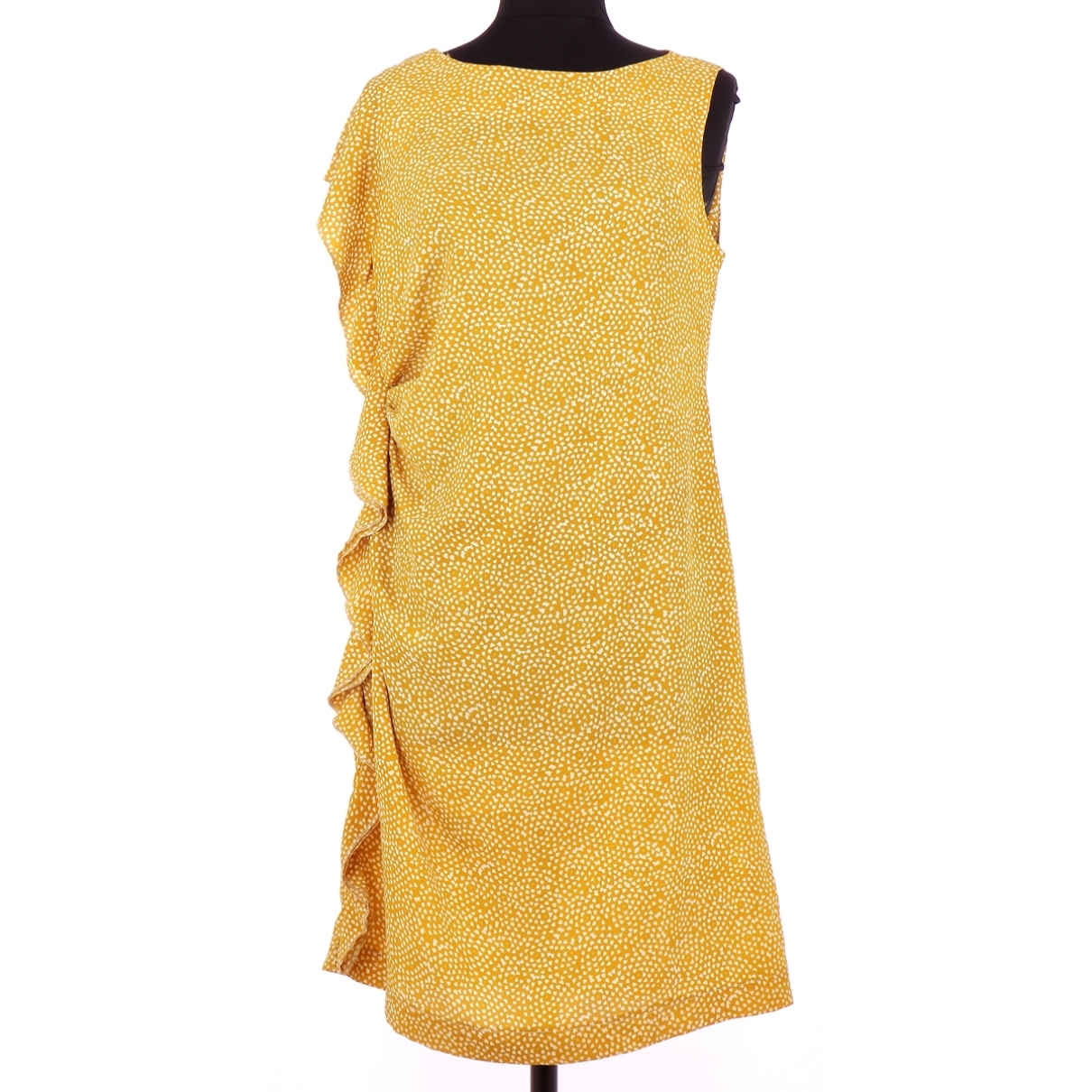 Non Signé / Unsigned \N Yellow dress for Women 40 FR