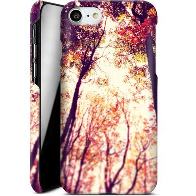 Apple iPhone 8 Smartphone Huelle - Above and Beyond von Joy StClaire