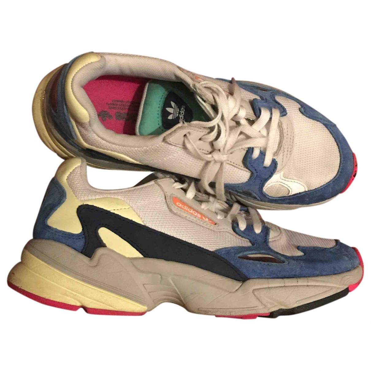 Adidas - Baskets Falcon pour femme - blanc