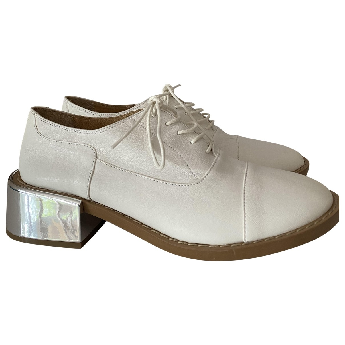 Mm6 \N White Leather Lace ups for Women 39 EU