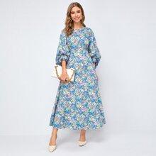 Kleid mit Blumen Muster und Laternenaermeln