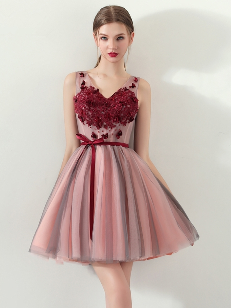 Ericdress V Neck Applique Short A Line Homecoming Dress