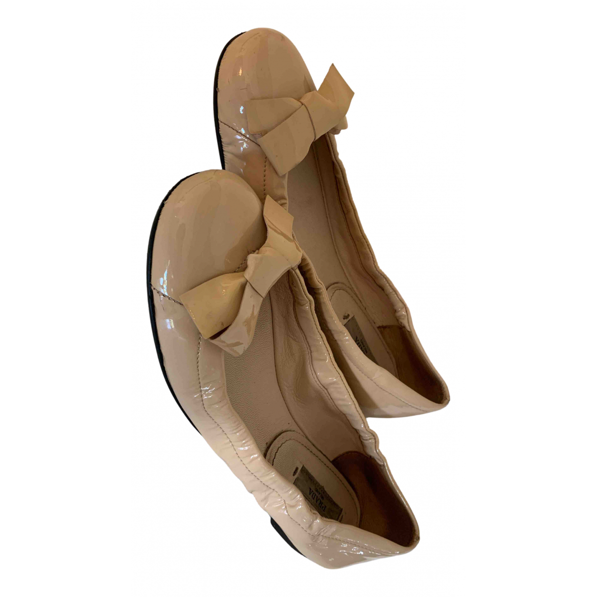Prada \N Ballerinas in  Beige Lackleder