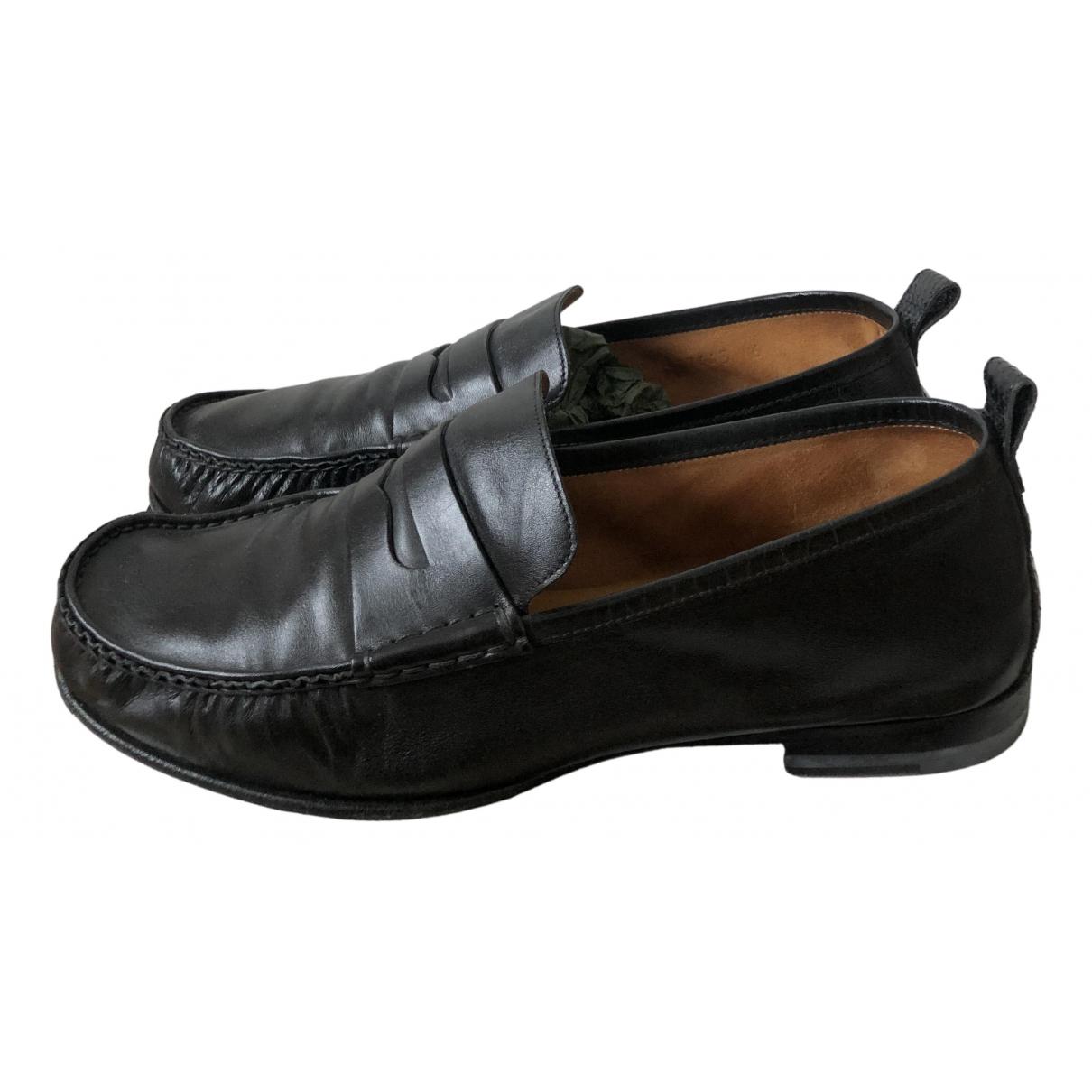 Gucci N Black Leather Flats for Men 6 UK