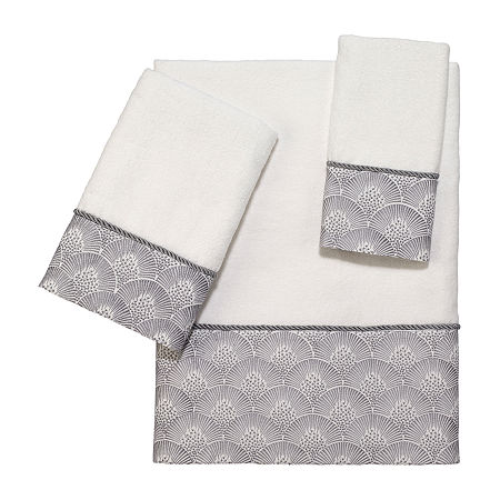 Avanti Deco Shell White Embellished Bordered Bath Towel, One Size , White