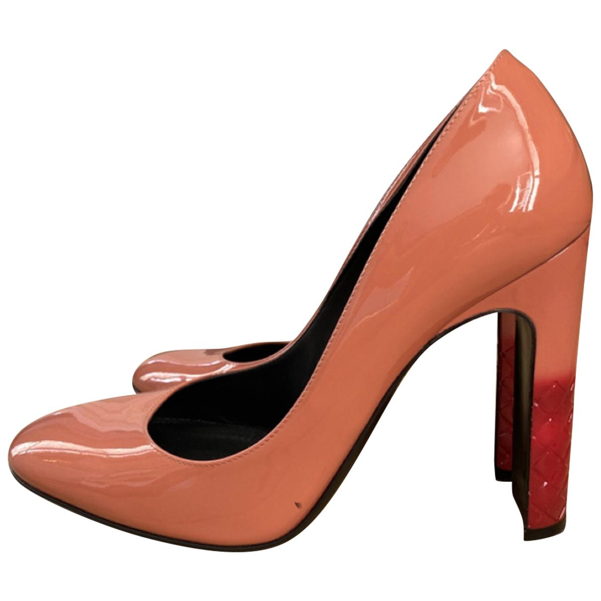 Bottega Veneta - Escarpins   pour femme en cuir verni - rose