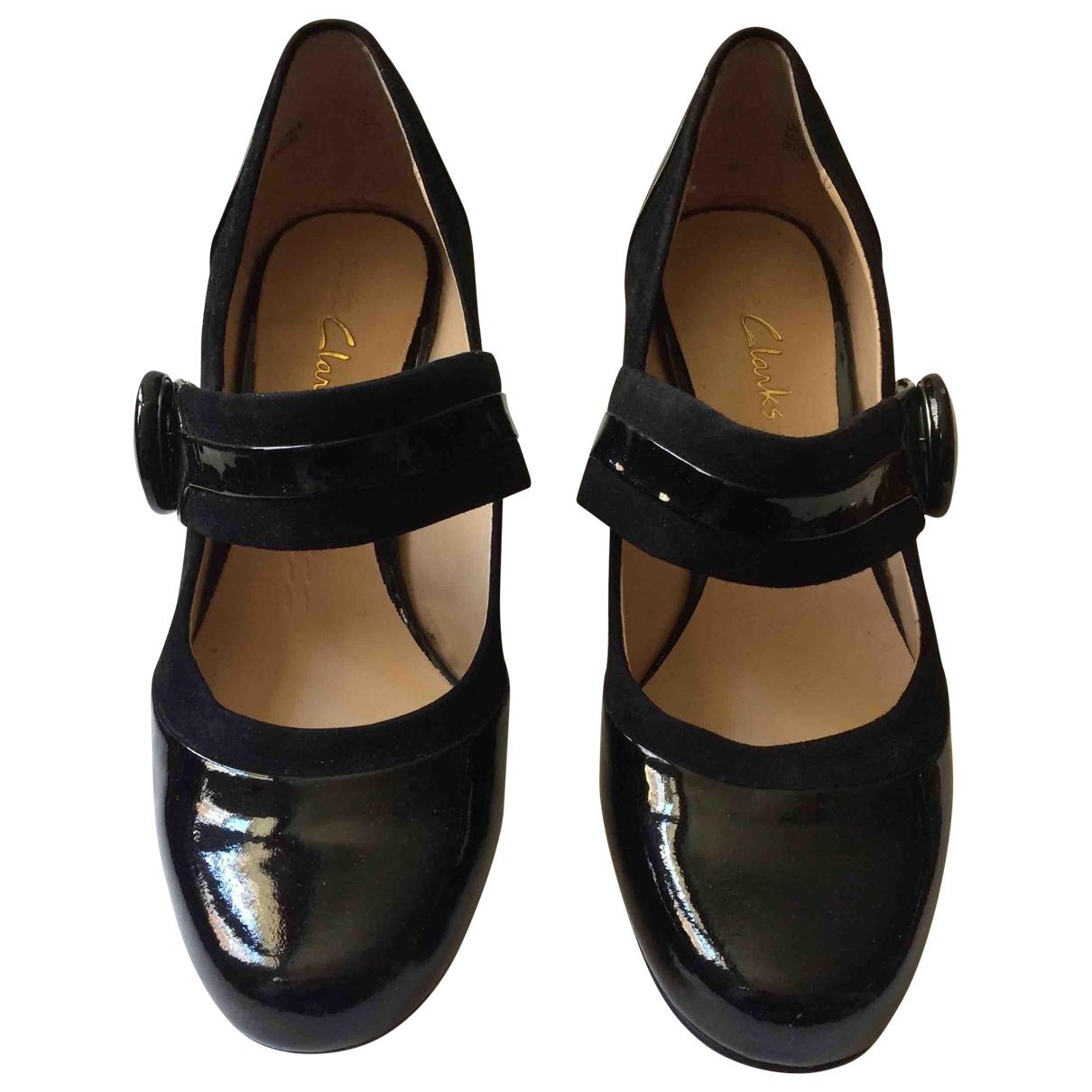 Clarks - Escarpins   pour femme en cuir verni - noir