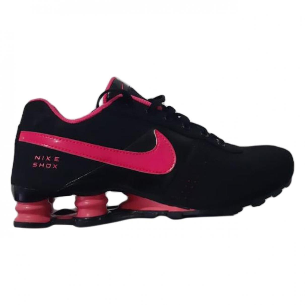 Nike Shox Sneakers in  Schwarz Leinen