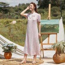Tunika Kleid mit Schleife am Kragen und Puffaermeln