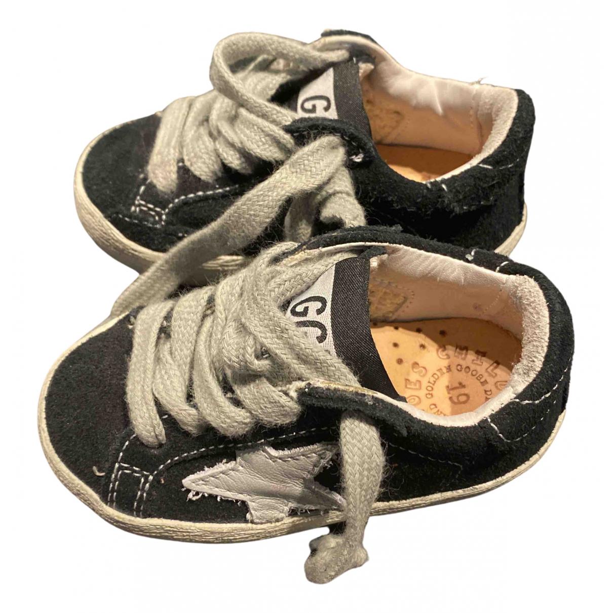 Golden Goose \N Sneakers in  Schwarz Veloursleder