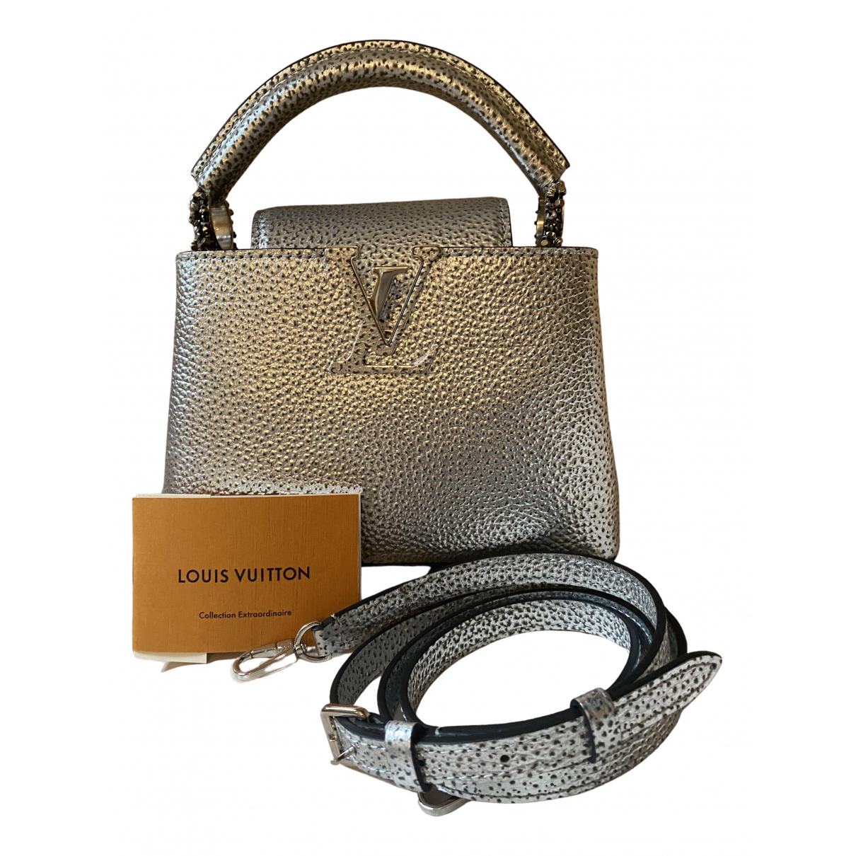 Louis Vuitton Capucines Handtasche in  Silber Leder