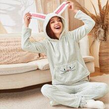 Flanell Schlafanzug Set mit 3D Ohr Stickereien und Kapuze